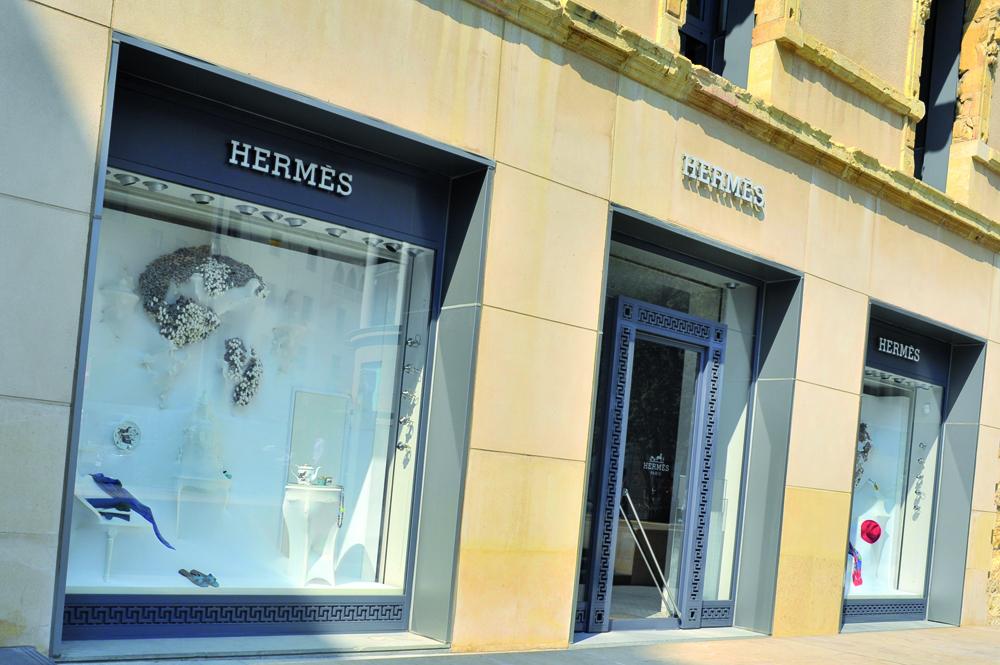 Hermes boutique downtown
