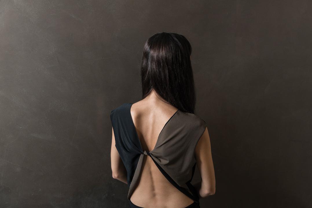 brown-&-black-back