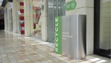 Zero Waste Act collects garbage from ABC malls to be recycled (Photo: Greg Demarque | Executive)