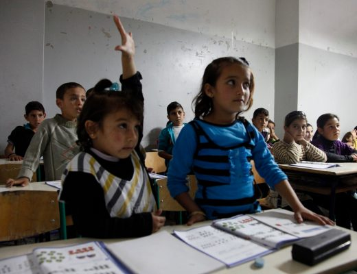 Syrian refugee children in a Lebanese school classroom (DFID | Flickr | CC BY-SA 2.0)